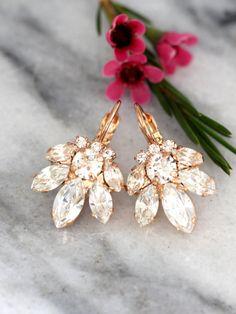 Bridal Cluster Earrings, Drop Earrings, Swarovski Earrings, Bridesmaids Earrings,Gift for Her,Rose Gold Earrings, Bridal Crystal Earrings