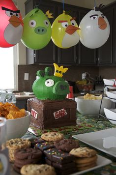 The Balloons Ideas Angry Birds Bird Theme Parties, Bird Birthday Parties, Bird Party, Birthday Fun, Angry Birds Birthday Cake, Birthday Ideas, Cumpleaños Angry Birds, Festa Angry Birds, The Balloon