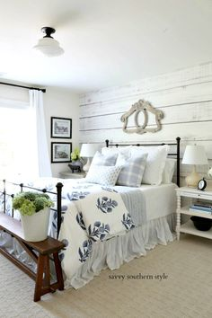 Simple Home Decor Savvy Southern Style : Summer Styled Guest Bedroom.Simple Home Decor Savvy Southern Style : Summer Styled Guest Bedroom Cozy Bedroom, Dream Bedroom, Modern Bedroom, Master Bedroom, Bedroom Ideas, Contemporary Bedroom, Bedroom Designs, Master Suite, White Bedroom