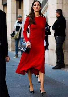 look street style vestido vermelho batom vermelho