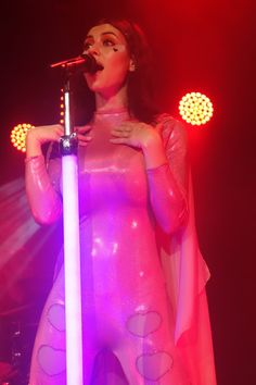 Marina and the Diamonds in her Electra Love portion of the concert. Loved how she split her concert into her three albums!