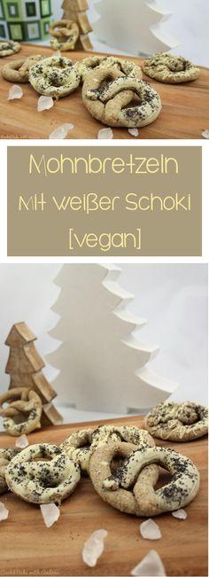 Ihr sucht nach leckeren Plätzchenrezepten? Wie wäre es mit veganen Mohnbretzeln mit weißer Schokolade? #mohn #bretzeln #weißes hoki #schokolade #weihnachten #advent #plätzchen #rezept #schoko #pudding #winter #candbfood #candbwithandrea #foodblog #blog