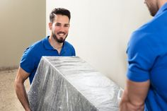Find the best commercial movers and top rated commercial moving company in Miami with the help of Pricing Van Lines. Design Shop, Moving Estimate, Commercial Movers, Weston Florida, Local Movers, Professional Movers, Relocation Services, Moving To Florida, Moving And Storage