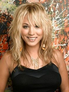 Splendid Kaley Cuoco – love the hair! The post Kaley Cuoco – love the hair!… appeared first on Amazing Hairstyles . Medium Shaggy Hairstyles, Shaggy Haircuts, Modern Hairstyles, Hairstyles With Bangs, Cool Hairstyles, Beautiful Hairstyles, Celebrity Hairstyles, Medium Hair Cuts, Medium Hair Styles