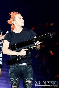 G-Dragon at BIGBANG Japan X Tour in Tokyo
