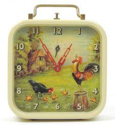 """Smiths """"Chicken & Rooster"""" animated alarm clock (windup, bobbing chicken pecks at ground, Great Britain, 1950s?)"""