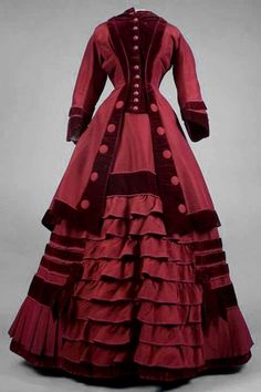 Fashion and Costume History – Exploration through art, photographs, and extant garments of the History of Fashion and Costume.