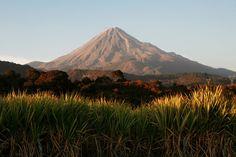 Lava + Ash + Lightning = the Perfect Volcano Photo | Colima Volcano, 2008 | Credit: Sergio Tapiro | From Wired.com