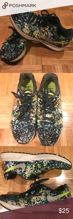 Nike shoes Nike shoes size 9.5. Really funky pattern. Nike Zoom. In great condition. Just don't use them anymore! Nike Shoes Sneakers