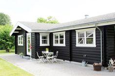 Gl. Smedievej 9, 4944 Fejø - Fejø's smukkeste sommerhus med stor æblehave. #fritidshus #sommerhus #selvsalg #boligsalg