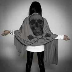 Skull scarf. I need this
