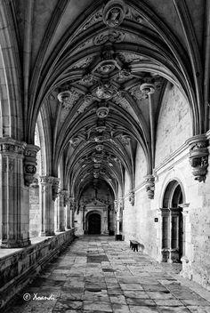 Claustro del  Monasterio San Zoilo  en Carrión de los condes #Palencia #CastillayLeón #Spain