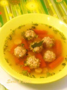 Les plats roumaines: Soupe aux boulettes de viande