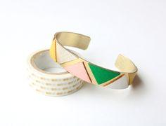 Bracelet VALENTINE | cuirs rose, vert, or et jaune de C'est bien fait pour L sur DaWanda.com #boheme