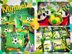 Personalizados e lembrancinhas tema copa do mundo de futebol, pirulitos, marmitinhas personalizadas, batom, paçoquinha.