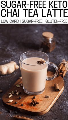 It's delicious - It's nutritious - It's keto! It's especially aimed at the folks who are looking for a great alternative to bulletproof coffee. Today, we share a quick and easy low carb keto chai tea recipe Chia Tea Latte Recipe, Chai Recipe, Starbucks Iced Chai Tea Latte Recipe, Healthy Starbucks, Starbucks Drinks, Chi Tea Recipe, Sugar Free Spiced Tea Recipe, Chai Tee, Homemade Chai Tea