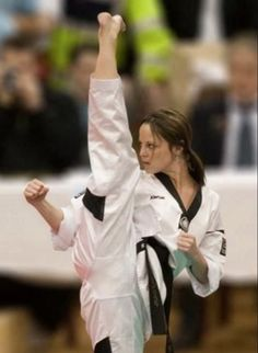 Martial Arts Girls Karate Sexy Hot Photos Kicking Fit Stretch theChive : theCHIVE