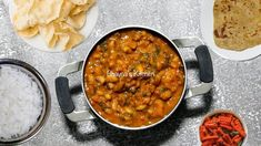 Gujarati Thali, Gujarati Cuisine, Spinach Curry, Indian Food Recipes, Ethnic Recipes, Bhavna's Kitchen, Kitchen Living, Black Eyed Peas, Curry Recipes