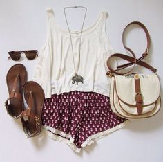 Elephant necklace+printed shorts