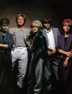 I became Duranie 1983 and I have loved Duran Duran since then. I have two sons and 11 years old), and they also love Duran Duran music. My favorite Duran member is Simon = Mr. New Wave Music, My Music, Nick Rhodes, Uk Singles Chart, Simon Le Bon, New Romantics, John Taylor, Famous Stars, Music Guitar