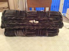 Pochette con string velluto su rete
