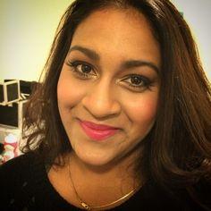 Beautiful glamorous makeup. #makeup #srilankanmakeup #indianmakeup #flawless #makeupbyellen