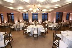 Cityplace Events I Dallas wedding venue with multiple spaces I Reception in the 42nd floor Loft I Photographer HarryPhoto.com
