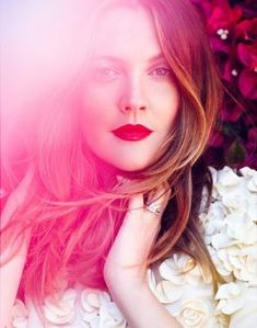 Flower Child Drew Barrymore Poses For C Magazine - PinLife Drew Barrymore, Black And White Portraits, Black And White Photography, Boho Beautiful, Beautiful People, Trendy Hairstyles, Straight Hairstyles, Portrait Photography Men, Makeup Photography