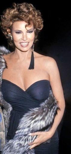 La queridísima Raquel Welch, a principios de los 80.