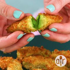 Air Fryer Avocado Fries - Best Picture For hamburger meat recipes For Your Taste You are looking for something, and it is g - Air Fryer Recipes Low Carb, Air Fryer Recipes Breakfast, Air Fryer Dinner Recipes, Air Fryer Recipes Videos, Air Fryer Recipes Appetizers, Breakfast Cooking, Avocado Toast, Cooking Avocado, Gastronomia