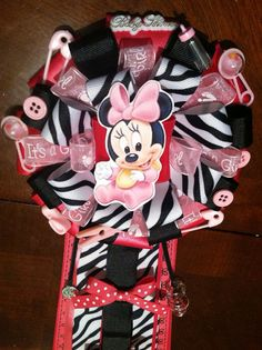 Minnie Mouse baby shower corsage on Etsy, $20.00
