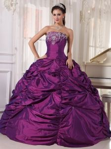Formal Eggplant Purple Quinceanera Dress Strapless Taffeta Embroidery Ball Gown