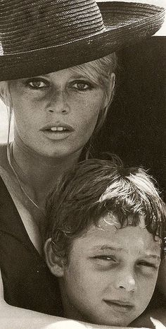 brigitte bardot with her son - 1967.