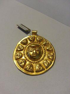 Ciondolo Azteco Sole di cultura Narino.