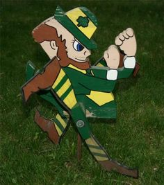 Rare University Notre Dame Football Irish Leprechaun Whirly lawn yard Ornament