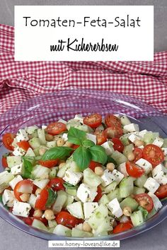 Tomato feta salad with chickpeas - a real protein bomb! - Today there is a tomato feta salad with chickpeas. It& a flash recipe again, because you only - # Easy Meat Recipes, Healthy Crockpot Recipes, Veggie Recipes, Vegetarian Recipes, Dinner Recipes, Shake Recipes, Crockpot Meals, Low Calorie Sauces, Kfc Chicken Recipe