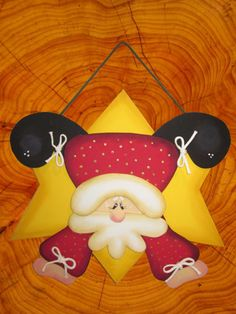 Country Paintings, Xmas, Christmas Ornaments, Tole Painting, Christmas Projects, Felt Crafts, Minnie Mouse, Santa, Lily
