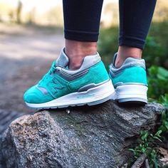 Sneakers femme - New Balance 997 - ©shessofargone