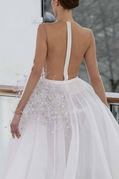 Best bridal couture gowns | Designer wedding dresses | Stéphane Rolland. Would you wear something this modern?