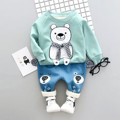 Source Wholesale children's boutique clothing baby clothing sets kids fancy clothes fancy items for Baby Outfits, Kids Outfits, Baby Girl Pants, Baby Girl Dresses, Baby Dress, Baby Jeans, Baby Boy Fashion, Kids Fashion, Style Fashion