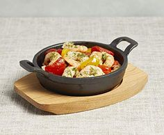 Artesà Induction-Safe Mini Cast Iron Serving Dish with Wooden Board, Dish: x x x x ) Serving Board, Serving Dishes, Cast Iron, It Cast, Pizza Express, Gratin Dish, Appetisers, Casserole Dishes, Kitchenware