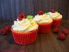 Las recetas dulces de Ana: Cupcakes de frutas del bosque con crema de mascarpone
