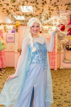 Ice Queen, Princesses, Beautiful Pictures, California, Tea, Room, Bedroom, Pretty Pictures, Princess