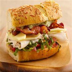 Turkey Club Sandwich Ring with Avocado Aioli - Crisco.com
