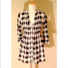 Urban Outfitters Plaid Tunic Blouse Shirt Button front. Tie back. Worn once. Perfect condition. Urban Outfitters Tops Button Down Shirts