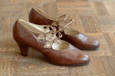 vintage NOS 1920s shoes