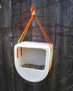 Lunchbox Birdfeeder 