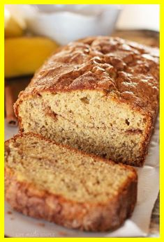 Cinnamon Sugar Topped Banana Bread - Life Made Simple Yeast Bread Recipes, Quick Bread Recipes, Banana Bread Recipes, Quick Meals, Cooking Recipes, Bread Food, Delicious Recipes, Healthy Recipes, Fluffy Dinner Rolls
