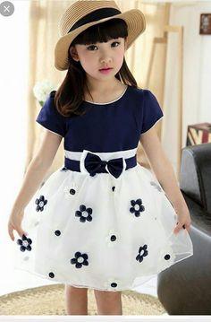 Frocks For Girls, Kids Frocks, Dresses Kids Girl, Baby Dress Design, Frock Design, Mode Junior, Toddler Outfits, Kids Outfits, Kids Dress Wear