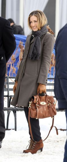 "Sarah Jessica Parker Photos - Pierce Brosnan and Sarah Jessica Parker film ""I Don't Know How She Does It"" - Zimbio"